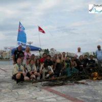 «Γιατί μας αξίζει μια θάλασσα, καθαρή!» - Εθελοντές καθάρισαν το βυθό της παραλίας Χαλκίδας.