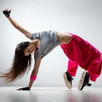 Ανακάλυψε το χορό και τη γυμναστική που σου ταιριάζει στη Δημοτική Σχολή Χορού