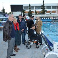 Εξασφαλίστηκε το δικαίωμα των ΑΜΕΑ να έχουν πρόσβαση στην πισίνα